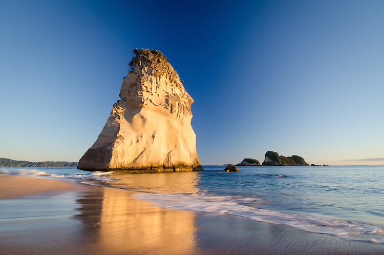 Te Hoho Rock, Cathedral Cove, Coromandel, New Zealand - stock photo, canvas, fine art print