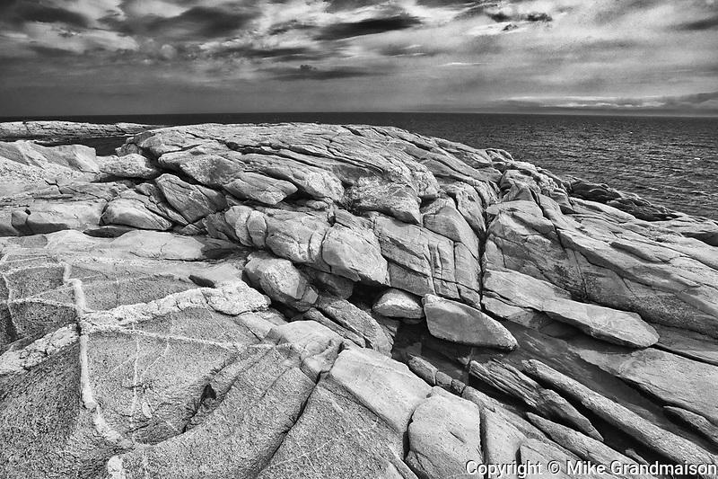 Rocky shoreline along the Cabot Strait (Atlantic Ocean) at Green Cove. Cabot Trail. Cape Breton Island.<br />Cape Breton Highlands National Park<br />Nova Scotia<br />Canada<br />Cape Breton Highlands National Park<br />Nova Scotia<br />Canada