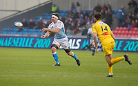 24th November 2019; AJ Bell Stadium, Salford, Lancashire, England; European Champions Cup Rugby, Sale Sharks versus La Rochelle; Jono Ross (Capt) of Sale Sharks  passes the ball along his line - Editorial Use
