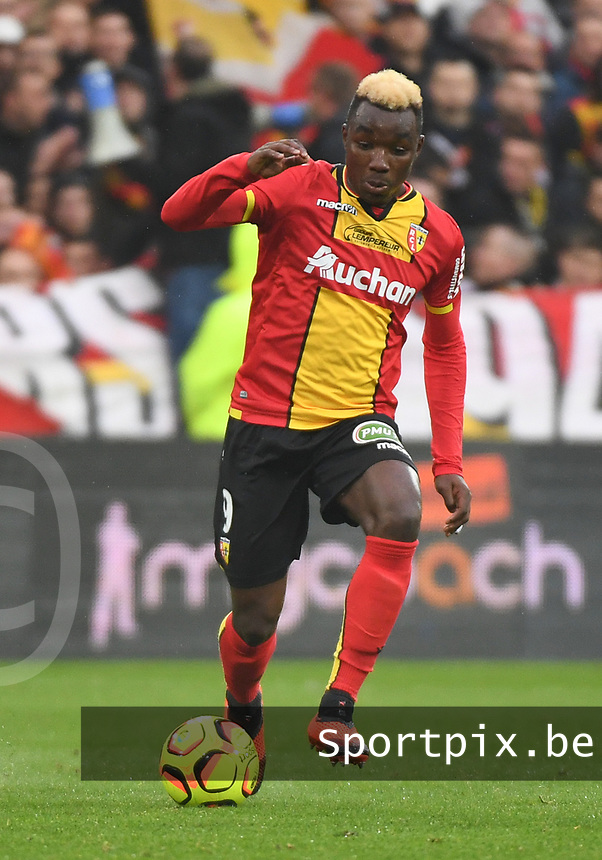 20181124 - LENS , FRANCE : Lens' Thierry Ambrose pictured during the soccer match between Racing Club de LENS and Grenoble Foot 38, on the 15th  matchday in the French Dominos pizza Ligue 2 at the Stade Bollaert Delelis stadium , Lens . Saturday 24 Novembre 2018 . PHOTO DIRK VUYLSTEKE | SPORTPIX.BE