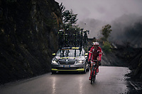 trying to get back on<br /> <br /> 76th Paris-Nice 2018<br /> Stage 7: Nice > Valdeblore La Colmiane (175km)