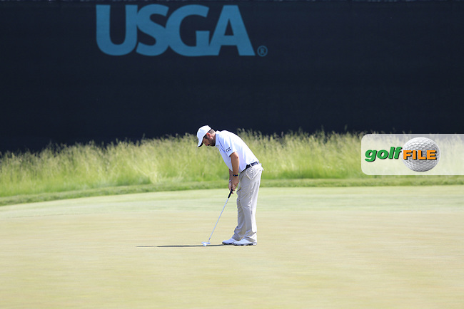 Thomas Aiken (RSA) takes his putt on the 6th green during Friday's Round 2 of the 117th U.S. Open Championship 2017 held at Erin Hills, Erin, Wisconsin, USA. 16th June 2017.<br /> Picture: Eoin Clarke | Golffile<br /> <br /> <br /> All photos usage must carry mandatory copyright credit (&copy; Golffile | Eoin Clarke)
