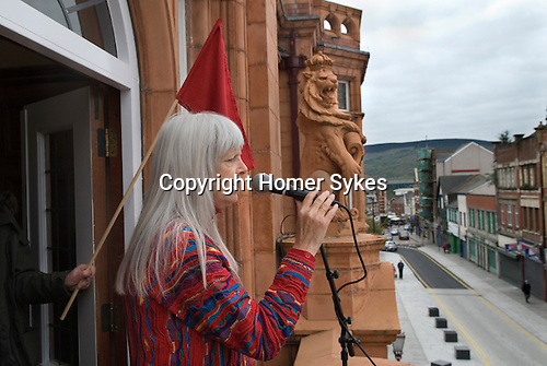 Made In Spring.The Redhouse Merthyr Folk singer Frankie Armstrong sings The Bells of Rhymney to set people on their way.  May 2014