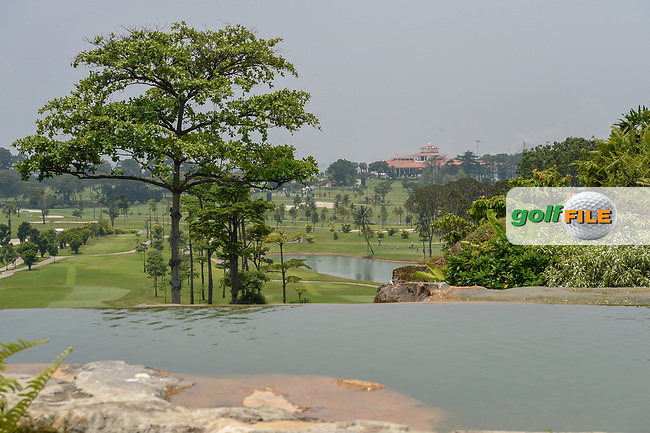 A long view of the clubhouse from the tee on 4 during Rd 2 of the Asia-Pacific Amateur Championship, Sentosa Golf Club, Singapore. 10/5/2018.<br /> Picture: Golffile | Ken Murray<br /> <br /> <br /> All photo usage must carry mandatory copyright credit (© Golffile | Ken Murray)