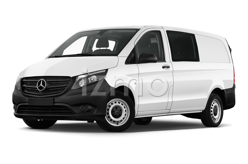 Stock pictures of low aggressive front three quarter view of a 2019 Mercedes Benz Vito Base 4 Door Cargo Van