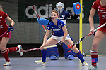 Mannheim, Germany, January 07: During the 1. Bundesliga Damen Hallensaison 2017/18 Sued  hockey match between Mannheimer HC (blue) and Nuernberger HTC (red) on January 7, 2018 at Irma-Roechling-Halle in Mannheim, Germany. Final score 8-1 (HT 5-1). (Photo by Dirk Markgraf / www.265-images.com) *** Local caption *** Sophia Willig #9 of Mannheimer HC