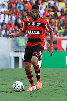 RIO DE JANEIRO, 11.05.2014 - Wallace do Flamengo durante o jogo contra Fluminense pela quarta rodada do Campeonato Brasileiro disputado neste domingo no Maracanã. (Foto: Néstor J. Beremblum / Brazil Photo Press)