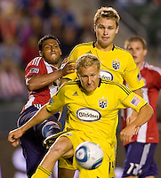 Columbus Crew forward Steven Lenhart (32) moves with the ball. CD Chivas USA defeated the Columbus Crew 3-1 at Home Depot Center stadium in Carson, California on Saturday July 31, 2010.