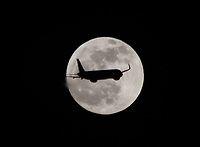 BOGOTA -COLOMBIA , 5- 09-2017.Visperas de la Luna llena y de la llegada del papa Francisco.Visperas of the Full Moon and the arrival of Pope Francisco. Photo: VizzorImage / Felipe Caicedo / Staff