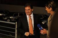 OSASCO, SP, 03 SETEMBRO DE 2012 – DEBATE REDETV – ATENÇÃO EDITOR: FOTO EMBARGADA PARA VEÍCULOS INTERNACIONAIS: Candidato a prefeitura de São PauloPaulinho da Força chega para debate que será realizado na noite desta segunda feira (03) pela RedeTV, na sede da emissora em Osasco. (FOTO: LEVI BIANCO / BRAZIL PHOTO PRESS).