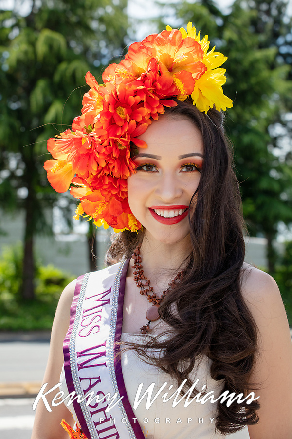 Edith Gonzalez, Miss Washington Latina, Kent International Festival, Kent, WA, USA.