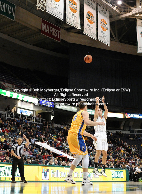 Siena defeats Hofstra 81-68 in a game on December 09, 2015 at the Times Union Center in Albany, New York.  (Bob Mayberger/Eclipse Sportswire)