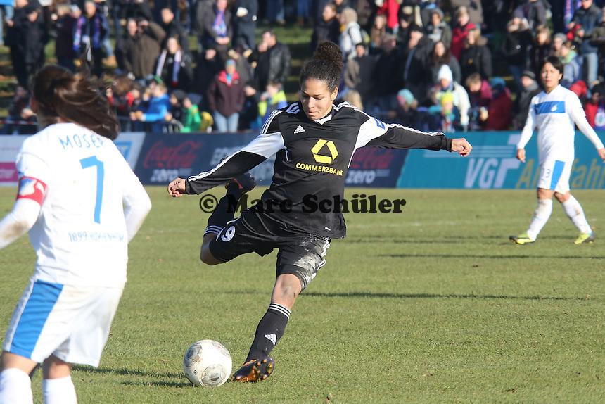 Celia Sasic (FFC) zieht ab - 1. FFC Frankfurt vs. TSG 1899 Hoffenheim