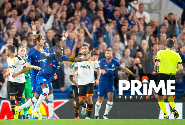 Chelsea's Fikayo Tomori demanding penalty kick decision from referee during the UEFA Champions League match between Chelsea and Valencia  at Stamford Bridge, London, England on 17 September 2019. Photo by Andrew Aleksiejczuk / PRiME Media Images.