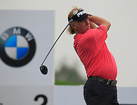 Miguel Angel Jimenez (ESP) tees off the 2nd tee during Thursday's Round 1 of the 2014 BMW Masters held at Lake Malaren, Shanghai, China 30th October 2014.<br /> Picture: Eoin Clarke www.golffile.ie