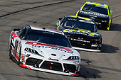 #18: Harrison Burton, Joe Gibbs Racing, Toyota Supra Dex Imaging mand #8: Zane Smith, JR Motorsports, Chevrolet Camaro LaPaz Margarita Mix