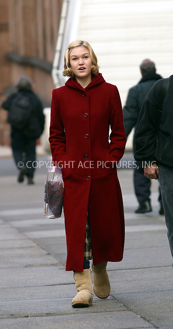 """Julia Stiles walking on the set of """"Mona Lisa Smile"""" at Columbia University. Julia must be tired of this school -- not only she attends classes at Columbia, now she is making a movie here. New York, January 9, 2003. Please byline: Alecsey Boldeskul/NY Photo Press.   ..*PAY-PER-USE*      ....NY Photo Press:  ..phone (646) 267-6913;   ..e-mail: info@nyphotopress.com"""