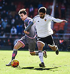 Valencia CF's Andre Gomes  and Rayo Vallecano's  Llorente during La Liga match. January 17, 2016. (ALTERPHOTOS/Javier Comos)