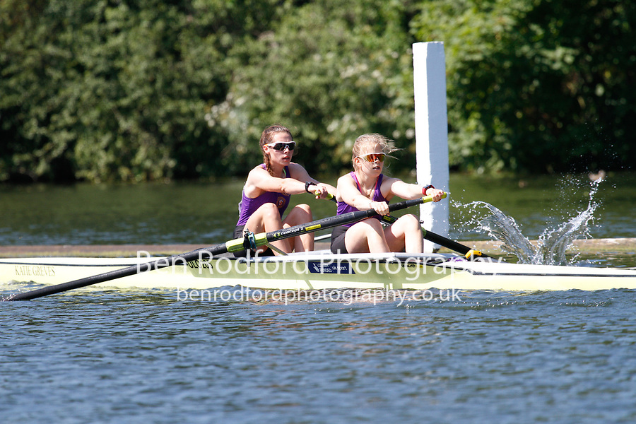 Race: 111 Event: ELwt 2- Quarter-Final - Glasgow Univ vs Univ of London<br /> <br /> Henley Women's Regatta 2017<br /> <br /> To purchase this photo, or to see pricing information for Prints and Downloads, click the blue 'Add to Cart' button at the top-right of the page.
