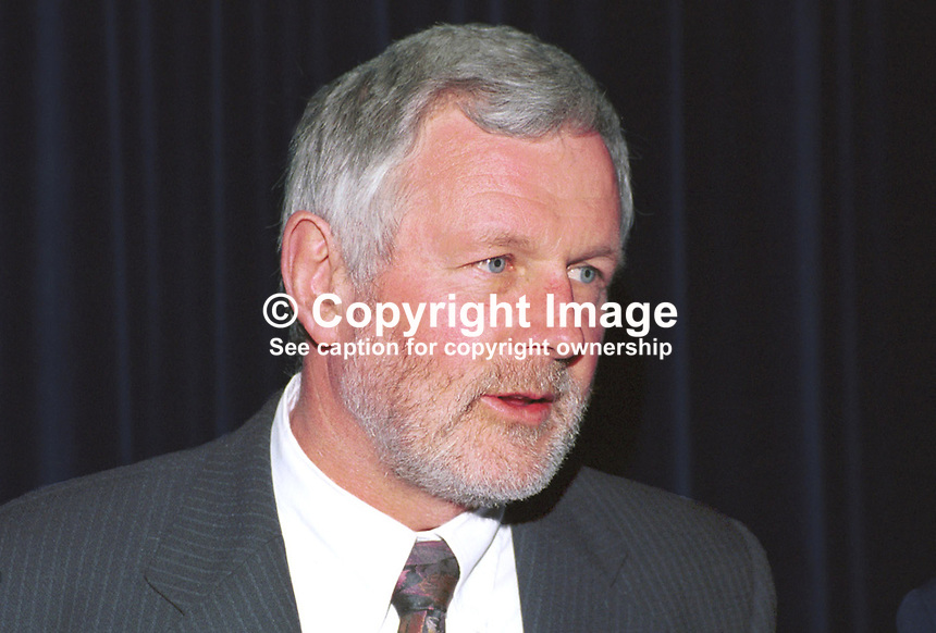 Martin Ferris,  Sinn Fein councillor, Co Kerry, Rep of Ireland. Taken at Sinn Fein Ard Fheis (Party Conference) in Dublin April 2000. Ref: 200004011..Copyright Image from Victor Patterson, 54 Dorchester Park, Belfast, UK, BT9 6RJ..Tel: +44 28 9066 1296.Mob: +44 7802 353836.Voicemail +44 20 8816 7153.Skype: victorpattersonbelfast.Email: victorpatterson@mac.com.Email: victorpatterson@ireland.com (back-up)..IMPORTANT: If you wish to use this image or any other of my images please go to www.victorpatterson.com and click on the Terms & Conditions. Then contact me by email or phone with the reference number(s) of the image(s) concerned.