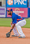 8 March 2015: New York Mets first baseman Brandon Allen in Spring Training action against the Boston Red Sox at Tradition Field in Port St. Lucie, Florida. The Mets fell to the Red Sox 6-3 in Grapefruit League play. Mandatory Credit: Ed Wolfstein Photo *** RAW (NEF) Image File Available ***