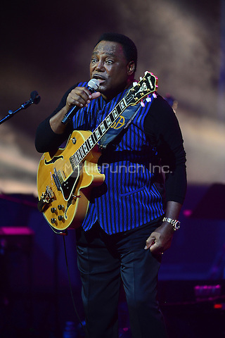 HOLLYWOOD, FL - MAY 10: George Benson performs onstage at Hard Rock Live at Seminole Hard Rock Hotel & Casino – Hollywood on MAY 10, 2016 in Hollywood, Florida. Credit: MPI10 / MediaPunch