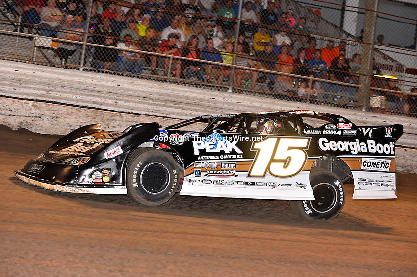Feb 20, 2014; 7:03:49 PM;  Barberville, FL, USA;  World of Outlaws Late Model Series for 43rd Annual DIRTcar Nationals presented by Summit Racing Equipment at Volusia Speedway Park.  Mandatory Credit: (thesportswire.net)