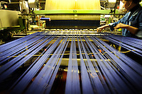 tessitura, seta, seteria, distretto tessile Como