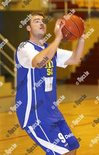 2010-08-17 / Seizoen 2010-2011 / Basketbal / Sint Jan / Lars Tielens...Foto: mpics
