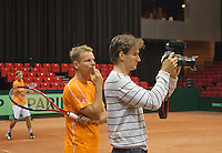 09-09-13,Netherlands, Groningen,  Martini Plaza, Tennis, DavisCup Netherlands-Austria, DavisCup,   Coach Jan Siemerink looks over the shoulder of Jan Willem de Lange<br /> Photo: Henk Koster