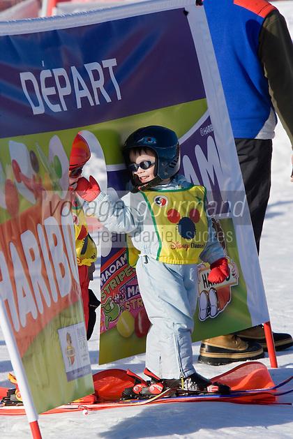 Europe/France/Rhone-Alpes/74/Haute-Savoie/Megève: l'école de skis pour les enfants - les Oursons [Non destiné à un usage publicitaire - Not intended for an advertising use]