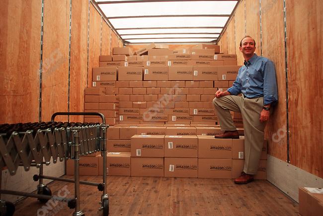 Jeff BEZOS.Founder & CEO of Amazon.com.Distribution center, Seattle Washington, November 1999
