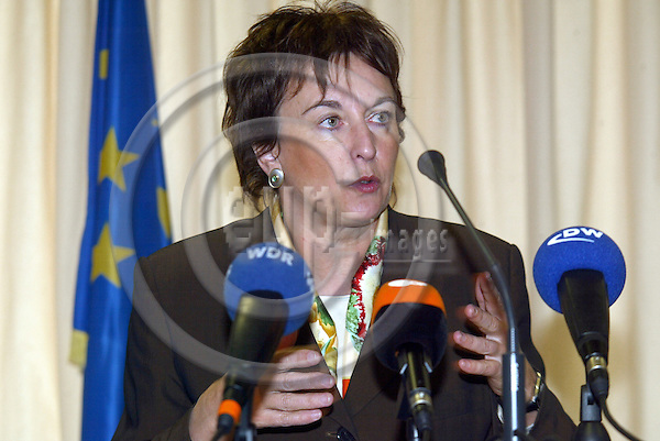 Belgium - Brussels - 30 MARCH 2004 - Council - JAI - Round Table./ Tour de Table - Brigitte ZYPRIES, Federal Minister of Justice (SPD), Germany --  PHOTO: EUP-IMAGES / ANNA-MARIA ROMANELLI