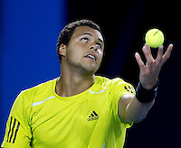 Jo-Wilfried Tsonga (FRA) (10) against  Roger Federer (SUI) (1) in the Semi Finals of the Mens Singles. Federer beat Tsonga 6-2 6-3 6-2..International Tennis - Australian Open Tennis - Fri 29  Jan 2010 - Melbourne Park - Melbourne - Australia ..© Frey - AMN Images, 1st Floor, Barry House, 20-22 Worple Road, London, SW19 4DH.Tel - +44 20 8947 0100.mfrey@advantagemedianet.com