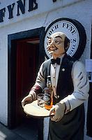 Europe/Grande-Bretagne/Ecosse/Argyll/Inveraray  : Porte-menu d'un bar àn  whiskies