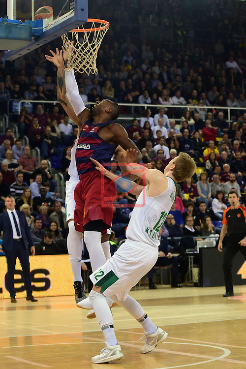 Turkish Airlines Euroleague 2016/2017.<br /> Regular Season - Round 6.<br /> FC Barcelona Lassa vs Zalgiris Kaunas: 92-86.<br /> Jonathan Holmes vs Brock Motum.