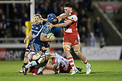 29th September 2017, AJ Bell Stadium, Salford, England; Aviva Premiership Rugby, Sale Sharks versus Gloucester; Sale Sharks' Josh Strauss hands off to Gloucester Rugby's Lewis Ludlow