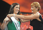 20-08-2013:  Haley O'Sullivan, Texas Rose , is crowned as the 2013 Rose of Tralee at the festival dome in Tralee on Tuesday night.    Picture: Eamonn Keogh (MacMonagle, Killarney)