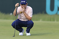 Louis Oosthuizen (RSA) on the 8th green during Friday's Round 2 of the 118th U.S. Open Championship 2018, held at Shinnecock Hills Club, Southampton, New Jersey, USA. 15th June 2018.<br /> Picture: Eoin Clarke | Golffile<br /> <br /> <br /> All photos usage must carry mandatory copyright credit (&copy; Golffile | Eoin Clarke)