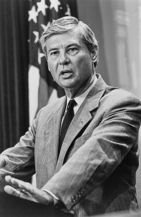 Sen. Bob Graham, D-Fla., in 1992. (Photo by Laura Patterson/CQ Roll Call)