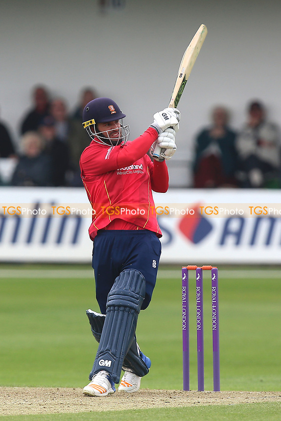 Ryan ten Doeschate in batting action for Essex during Essex Eagles vs Gloucestershire, Royal London One-Day Cup Cricket at The Cloudfm County Ground on 4th May 2017