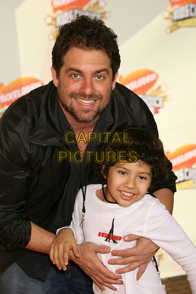 BRETT RATNER & BROTHER MAX.Nickelodeon's 20th Annual Kids' Choice Awards at UCLA's Pauley Pavilion, Westwood, California , USA,  .31 March 2007..half length rattner.CAP/ADM/BP.©Byron Purvis/AdMedia/Capital Pictures.