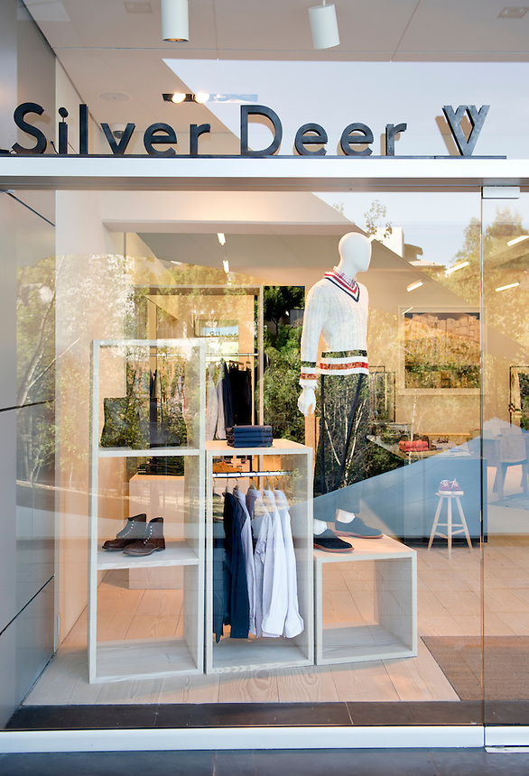 Robert Hurch´s Silver Deer store, Santa Fe, Mexico City.