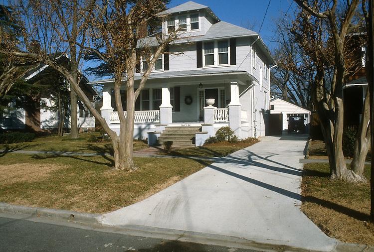 1991 February ..Conservation.Lafayette-Winona..1508 VERSAILLES...NEG#.NRHA#..