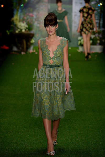 Hoschek_ready_to_wear_Spring_Summer_2014_BERLIN_july_2013