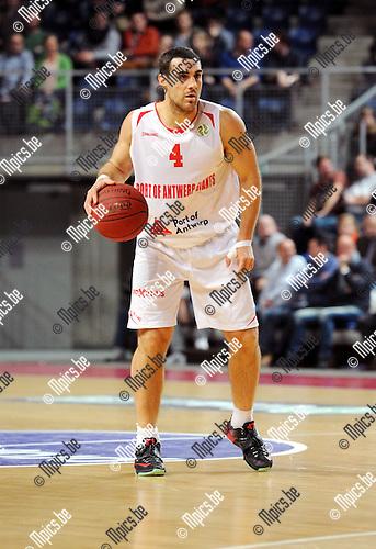 2014-12-02 / Basketbal / seizoen 2014-2015 / Antwerp Giants - Le Mans / Roel Moors<br /><br />Foto: mpics.be