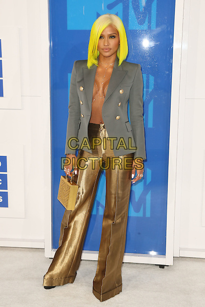 NEW YORK - AUGUST 28: Cassie arrives at the 2016 MTV Video Music Awards at Madison Square Garden on August 28, 2016 in New York City.<br /> CAP/MPI99<br /> &copy;MPI99/Capital Pictures
