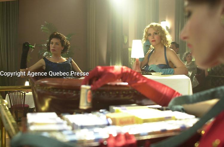 Nov 2003 File Photo<br /> Celine Bonnier and Isabelle Blais on the set of Monica La Mitraille