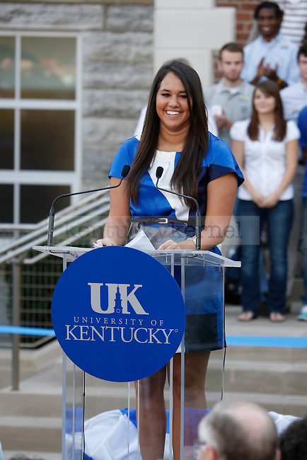 Student Government Vice President Kelsey Hayes made introductions at the University of Kentucky on Monday, October 11, 2010.  Photo by Latara Appleby | Staff