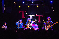 Vaudeville Etiquette at the Tractor Tavern